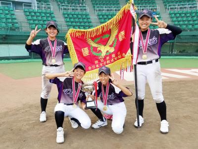 〝常笑軍団〟デイジーズが日本一 女子中学野球チーム 石巻地方4選手も活躍