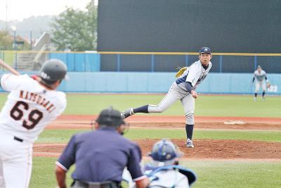 日本製紙×巨人3軍 復興試合 接戦演じスタンド沸かす 野球のまち・石巻アピール