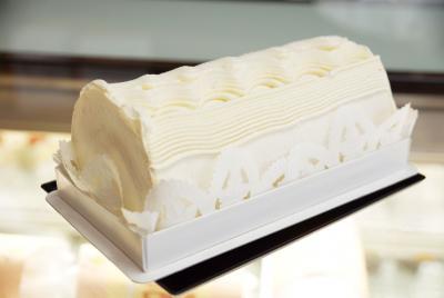 お菓子の国パンジー テーマ 「ロール屋さんが選ぶ人気洋菓子」