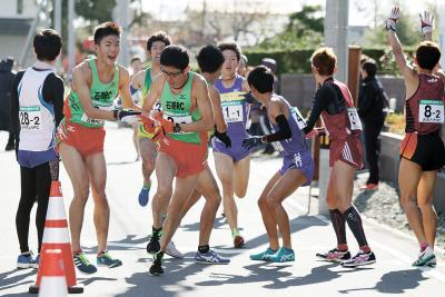 県駅伝競走大会 高校、一般の42チーム 石巻RC5年連続入賞 区間賞にRC大橋選手
