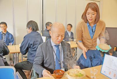 飲食店空白地の宮戸に誕生 つばめ食堂 15日オープン 多目的施設 あおみな内 奥松島の観光に活気運ぶ