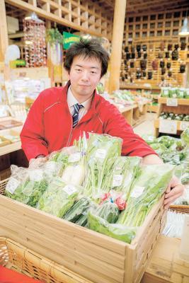 生産者直送の新鮮な野菜が人気を呼ぶ
