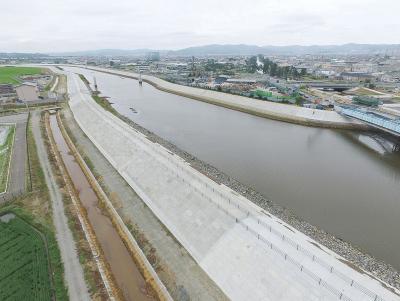 定川のかさ上げ堤防が完成 復旧記念式典 2市住民の安全安心確保