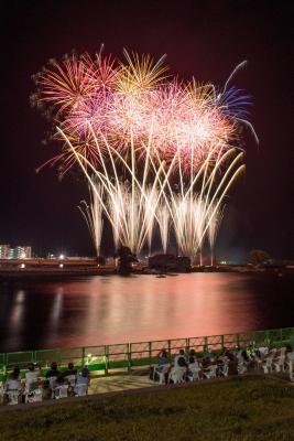 第95回石巻川開き祭り 復興完結へ8千発の大輪 2日間の人出 18万8000人 平成最後の夏物語閉幕
