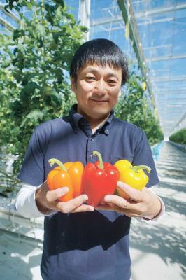 石巻産パプリカ宇宙に デ・リーフデ北上 ISSで 飛行士が喫食 次世代園芸で栽培管理