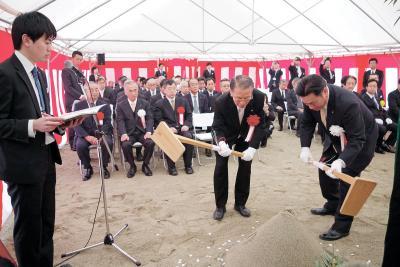 女川町 高台の小中一貫校が着工 来夏完成へ安全祈願祭 情報教育に力