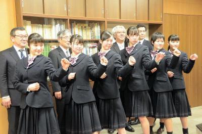 桜坂高空手道部 選抜大会に6選手 全国の舞台で花開け