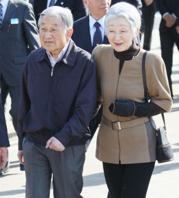 28年に女川町をご訪問された天皇皇...