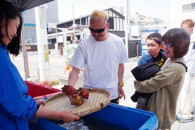コモンでほや祭り プリプリの旬に舌鼓 来月2日も開催