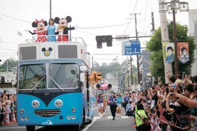 石巻川開き祭り 気温も盛り上がりも最高潮 ディズニーが夢と魔法お届け
